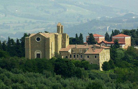 Complesso di San Bevignate intatto dall'epoca dei Cavalieri Templari