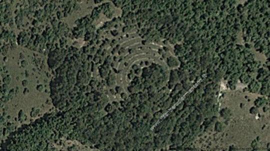 I 13 cerchi di Verchiani visti dall'alto