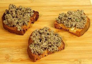 Ricette umbre - crostini di fegatini
