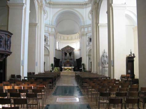 La chiesa - I bozzetti di Francesco Bergamini per gli affreschi ottocenteschi della cattedrale di San Rufino ad Assisi.