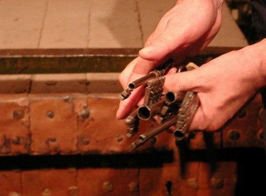 Alcune delle chiavi che aprono il forziere dell'Anello